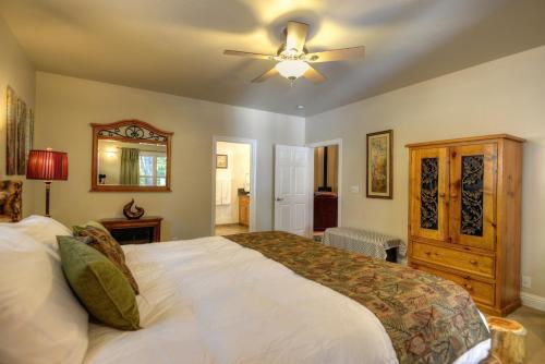 North Canyon Inn Bed & Breakfast Photo