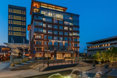 Courtyard by Marriott Buffalo Downtown/Canalside Photo