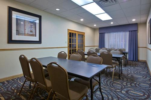Country Inn & Suites By Carlson Lexington Photo