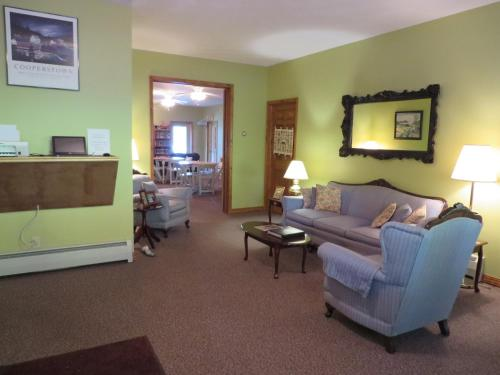 Bayside Inn & Marina -Three Bedroom Cottage I Photo