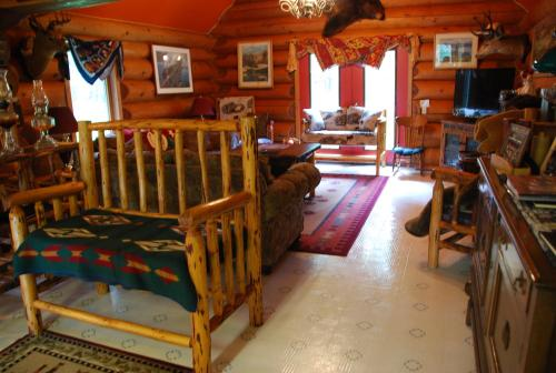 Kicking Horse Canyon B&B Photo