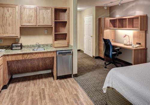 TownePlace Suites Dallas Las Colinas Photo