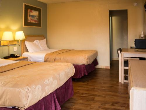 Photo of Regency Inn and Suites Muskogee