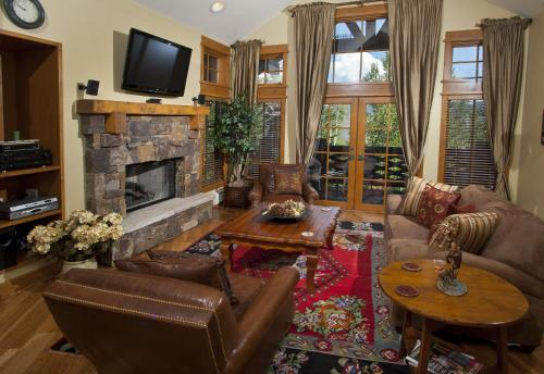 Settlers Lodge by Exclusive Vail Rentals