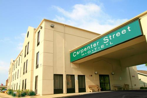 Carpenter Street Hotel Photo