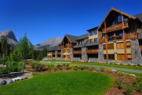 Spring Creek Vacations - Rundle Cliffs Lodge Photo