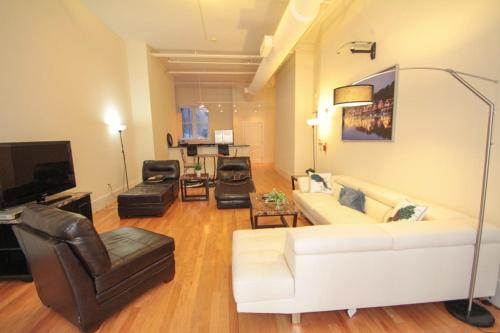 Walnut Street Stunning 3 Bedroom Photo