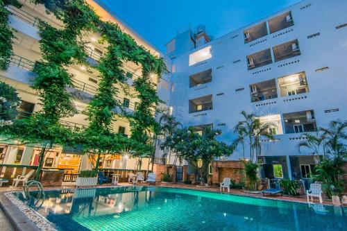 Sutus Court 3 - pattaya -