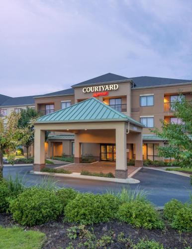 Courtyard Montgomery Prattville Photo