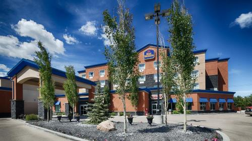 Best Western Cold Lake Inn Photo