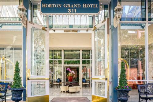 Horton Grand Hotel Photo