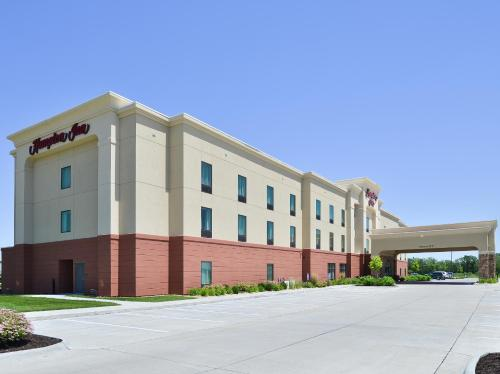 Hampton Inn Clinton - Clinton, IA 52732