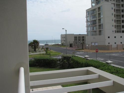18 on Coral Apartment Photo