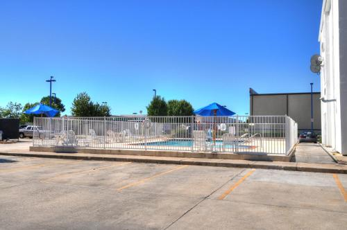 Motel 6 New Orleans Photo