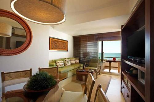 Aak-Bal Fully Furnished 2 bedroom and 2 full bathrooms Hotel Condos Photo