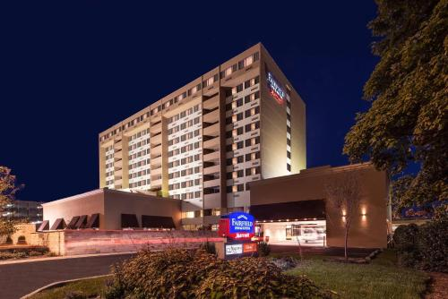 Fairfield Inn & Suites By Marriott Charlotte Uptown photo