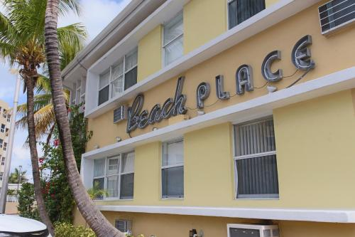 Beach Place Hotel Photo