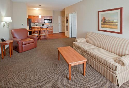 Candlewood Suites Houston I-10 East Photo