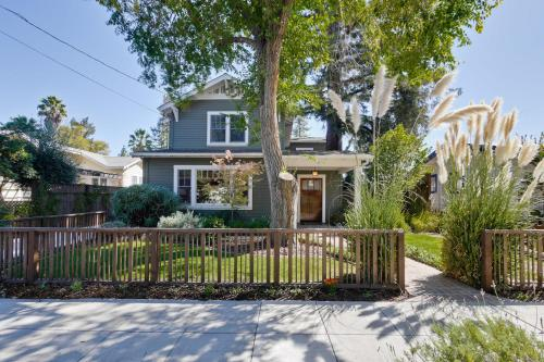 4-Bedroom Home On Palo Alto In Mountain View