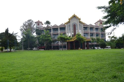 Find cheap Hotels in Burma