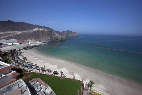 Oceanic Khorfakkan Resort & Spa Photo