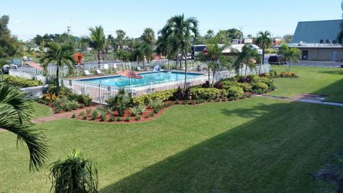 Budgetel Inn Pompano Beach Photo
