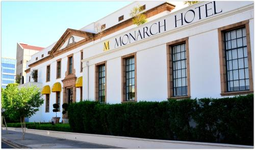 Monarch Hotel Photo