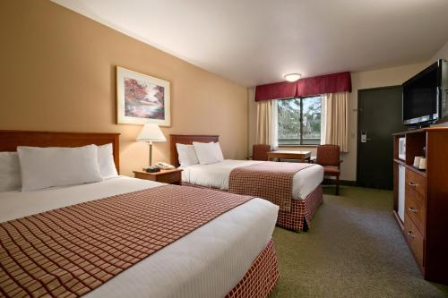 Baymont Inn and Suites Seattle/Kirkland Photo