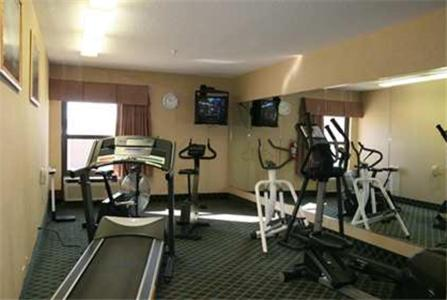 Hampton Inn Salina Photo
