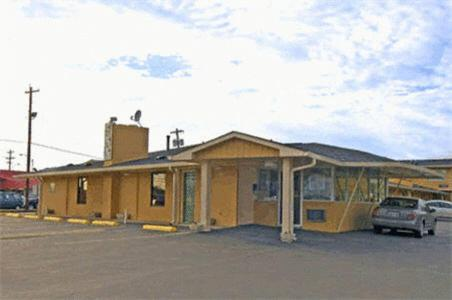 Midtown Inn And Suites – 44189