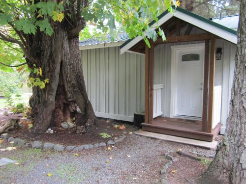 Pacific Playgrounds Cabins Photo