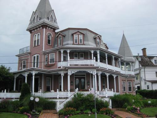 Angel of the Sea Bed and Breakfast Photo