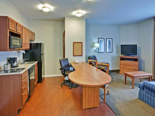 Candlewood Suites Buffalo Amherst Photo