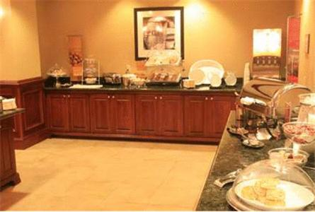 Photo of Hampton Inn Harrison Hotel Bed and Breakfast Accommodation in Harrison Arkansas