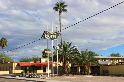 Amazon Motel Photo