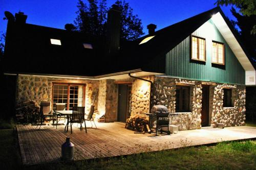 Chalet Rustique CRDS Tremblant Photo