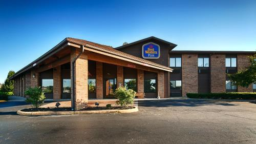 Best Western Lakewood Inn Photo