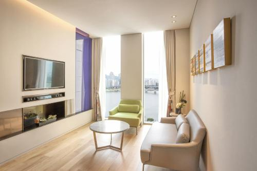 Aloft Seoul Gangnam by Starwood photo 20