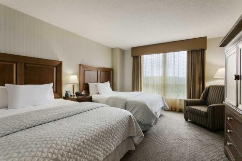 Embassy Suites Dulles - North/Loudoun Photo