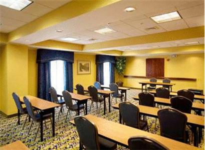 Hampton Inn & Suites Lake Wales Photo