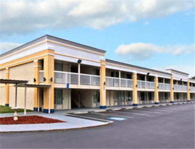 Days Inn South Fredericksburg Photo