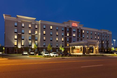Hampton Inn and Suites Roanoke Airport/Valley View Mall Photo