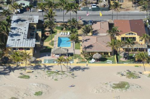 Ebb Tide Resort Photo