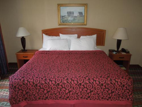 Days Inn Mystic - Mystic, CT 06355