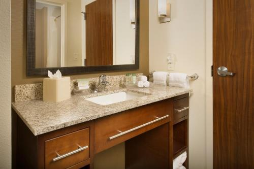 Homewood Suites by Hilton Lackland AFB/SeaWorld, TX Photo