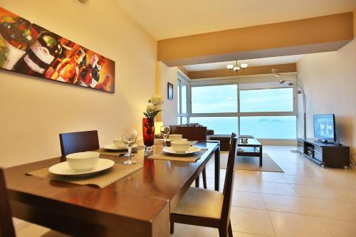 Luxury Apartment Cinta Costera Photo