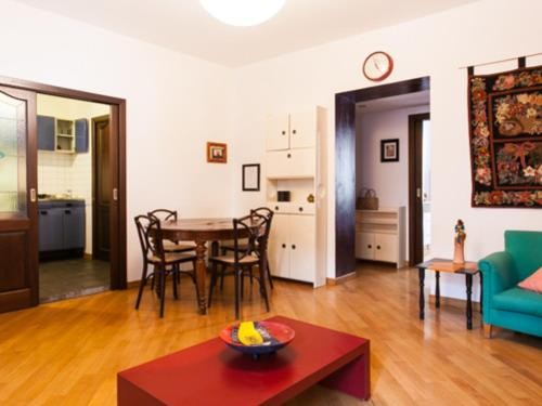 Hotel Friendly Rentals Canonica thumb-3