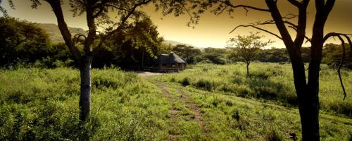 Caracal Lodge Photo