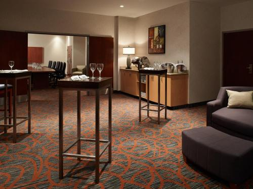 Residence Inn by Marriott Montreal Airport Photo