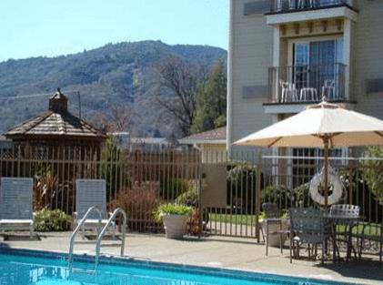 Hampton Inn Ukiah Photo